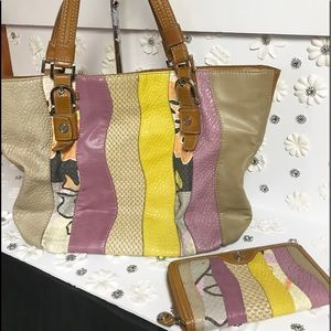 So BOHO Large Relic Tote with Wallet {Final Price}